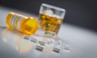 Leki a alkohol – interakcje i możliwe działania niepożądane