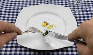 Suplementy diety na odchudzanie – co musisz wiedzieć zanim po nie sięgniesz!