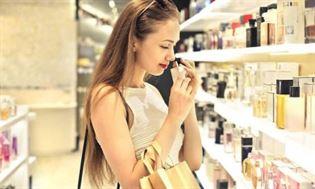 Zestaw z perfumami – najlepszy świąteczny prezent