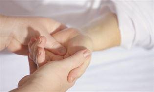 Reumatoidalne zapalenie stawów – przyczyny, objawy, leczenie